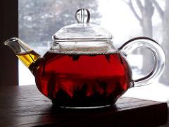 「午後の紅茶」が紅茶飲料史上初の快挙!